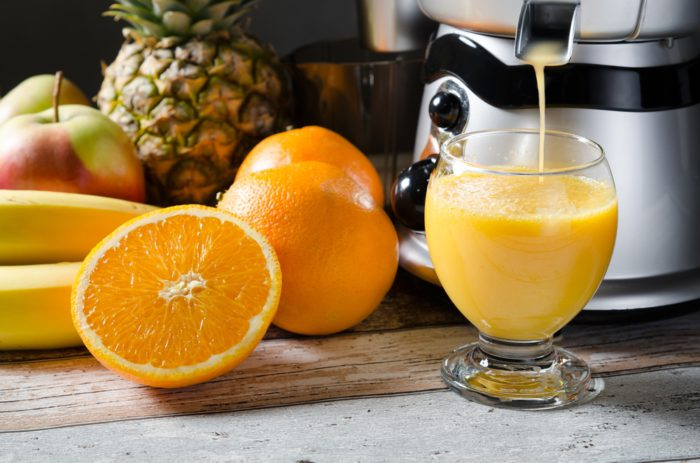 Difference Entre Slow Juicer Et Centrifugeuse : Jus de fruits maison : extracteur ou centrifugeuse ? - BeautE ChErie