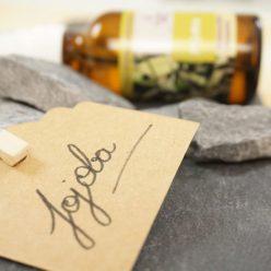 Huile de jojoba, pour les peaux grasses, peaux acnéiques, peaux matures...