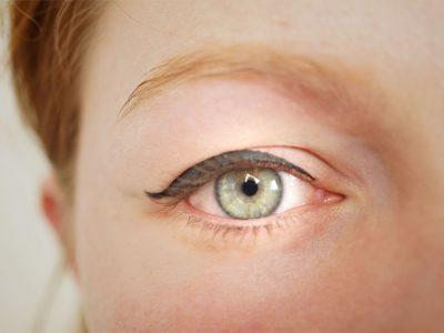Eyeliner : 3 façons d'appliquer son eye liner avec les produits de la marque couleur caramel
