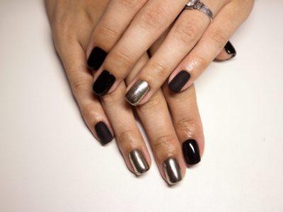 tendance ongles printemps 2017 : ongles arty, chromés, métalliques, noirs...
