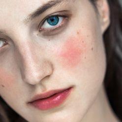 Comment appliquer son blush ou fard à joue correctement