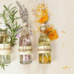 Huiles essentielles, huiles végétales et hydrolats : faisons le point
