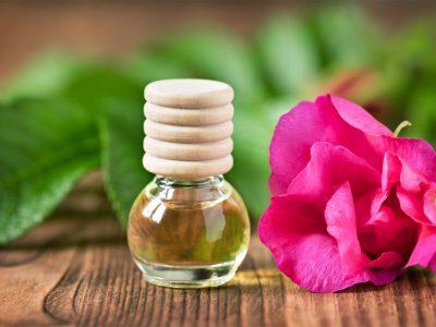 Huile essentielle de bois de rose : pour des cosmétiques haut de gamme