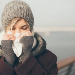 Combattre le rhume au naturel : les astuces incontournables