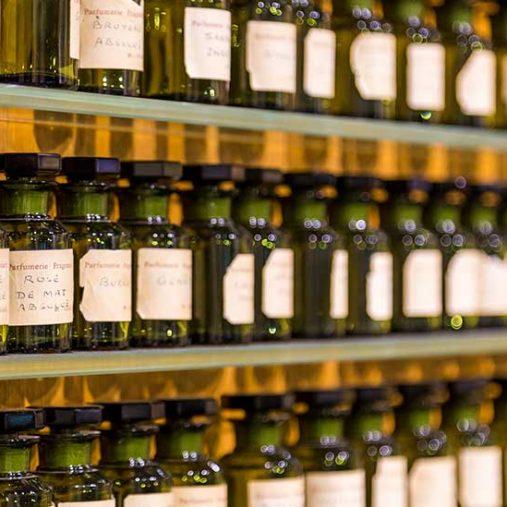 aromatherapieL'aromathérapie et les huiles essentielles : comment ça fonctionne ?